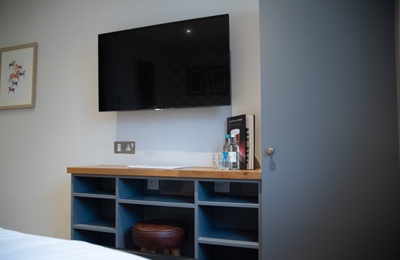 Hotel rooms in Esher with television